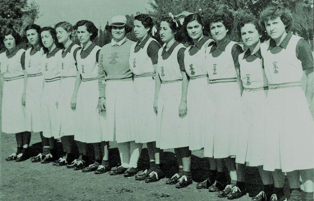 Alineación del equipo femenino de balón a mano de Cuenca.
