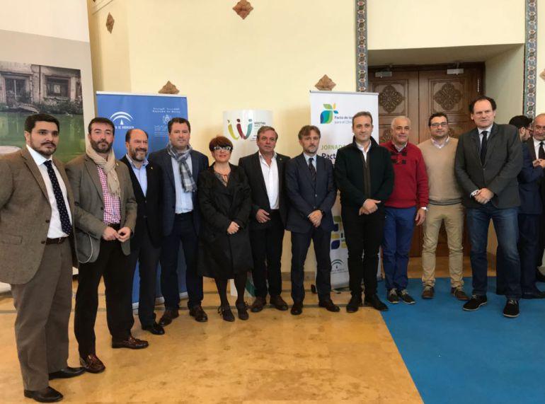 """Alcaldes en la jornada por el """"Pacto de los alcaldes para el clima y la energía. Ciudades y cambio globales"""""""