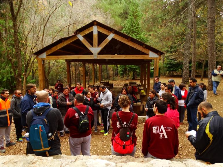 Mas de 50 personas han participado de esta jornada de recuperación del monte en el parque natural de Cazorla, Segura y Las Villas