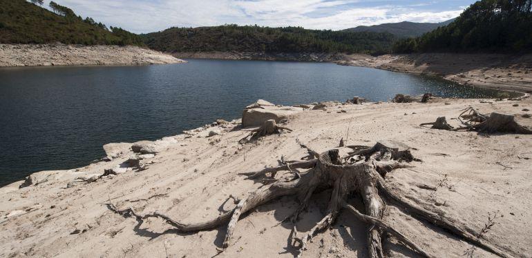 La situación de alerta por sequía sigue preocupando a muchos ganaderos