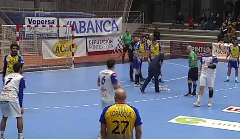 Imagen del encuentro disputado en el Pabellón Municipal de los Deportes de Pontevedra.