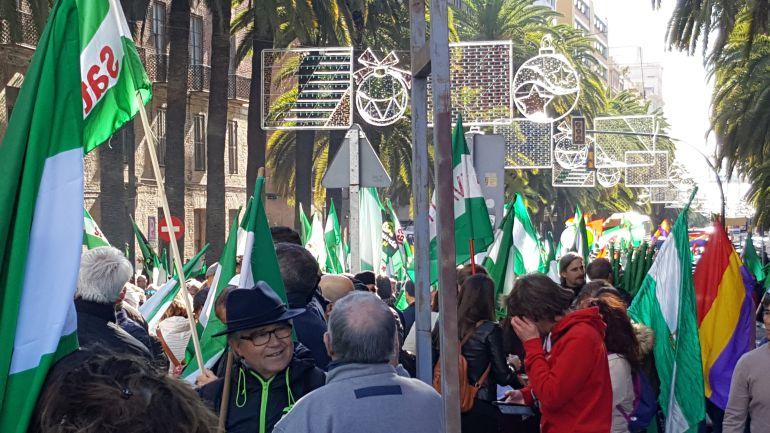 La manifestación ha partido este domingo desde la Alameda de Colón