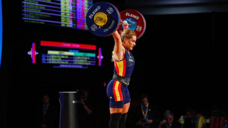 La berciana se convierte en la primera deportista en conseguir el título mundial