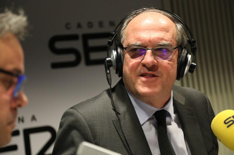 El portavoz socialista en la Asamblea de Madrid durante la entrevista en La Ventana de Madrid.