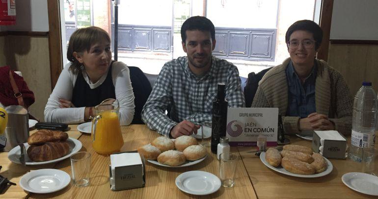 Miembros de Jaén en común durante el desayuno con medios de comunicación