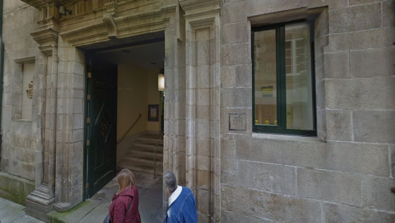 Oficina central de Correos en Lugo, en la Rúa San Pedro