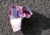Un vecino de Cehegín entrega a la Policía mil euros que encontró en la calle