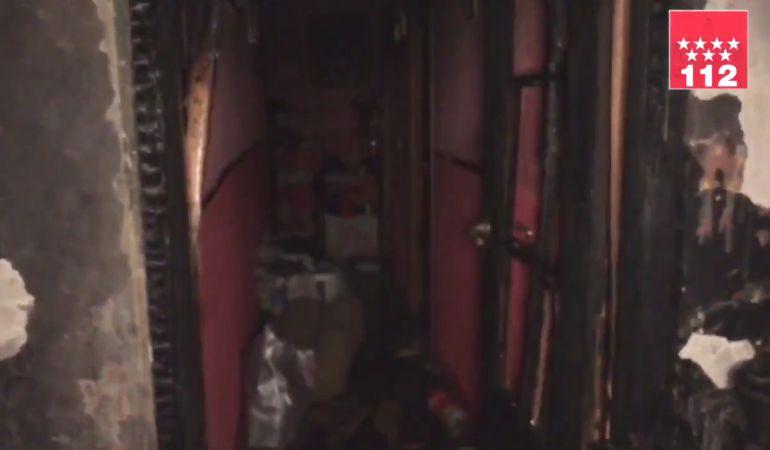 Imágen de la casa incendiada en la noche del lunes.