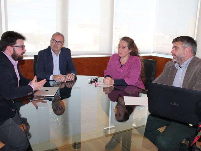 Imagen de la reunion en el Consell de Ibiza