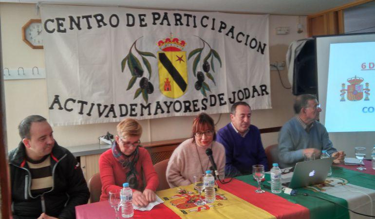 Momento de la presentación, Francisco Carmona (segundo por la derecha)