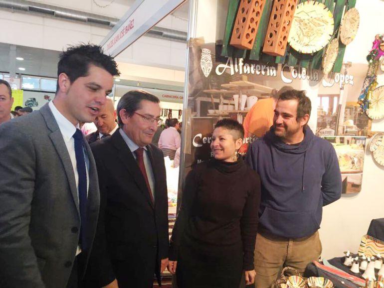 El alcalde de Ugíjar y el presidente de la Diputación de Granada, en la inauguración de ExpoAlpujarra
