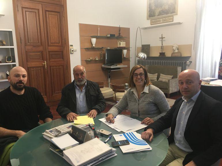Reunión en Diputación con el alcalde de Guaza