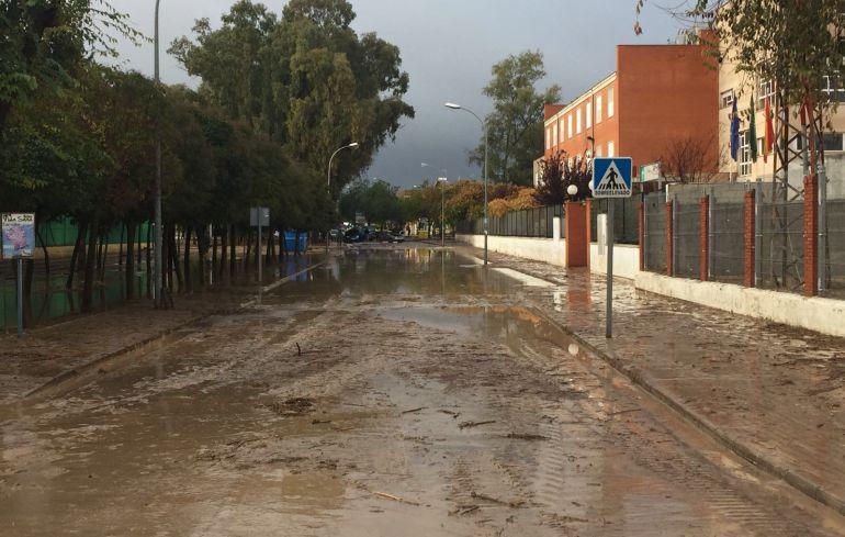 Málaga, obras, PSOE, PP, cauces, arroyos, limpieza: El PP exige a la Junta que limpie ya los cauces de arroyos para evitar más daños