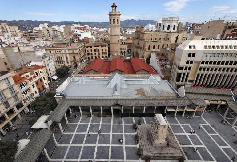 ¿A favor de que los comercios en Castellón abran todos los festivos?