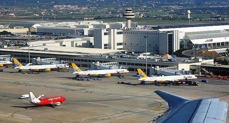 Aumenta un 30% la venta de billetes de vuelos interislas por la subida del descuento a residentes