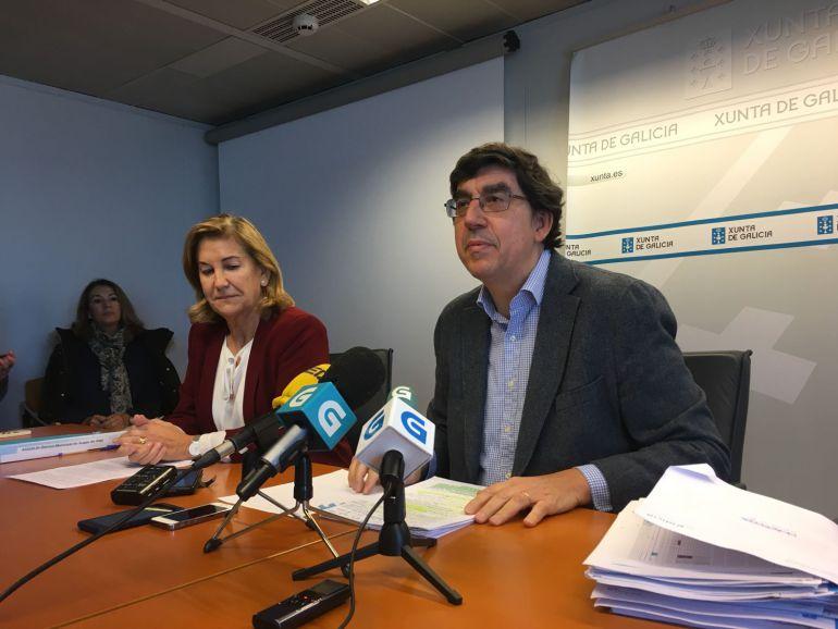 El delegado territorial de la Xunta en Vigo, Ignacio lópez Chaves junta a la Jefa territorial de Sanidade, Ángeles Feijóo.
