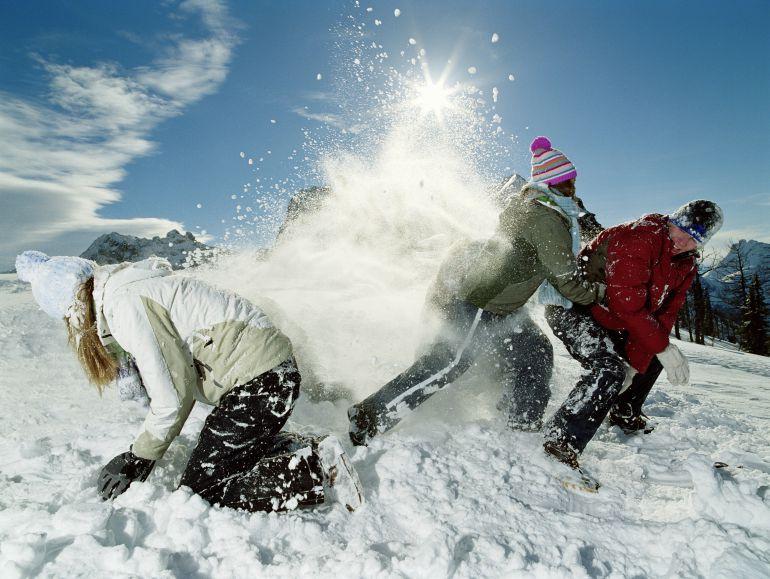 Animado arranque de temporada en las estaciones de esquí aragonesas