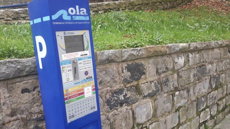 Parquímetro de la Ola en el que ya es necesario introducir la matrícula del vehículo estacionado.