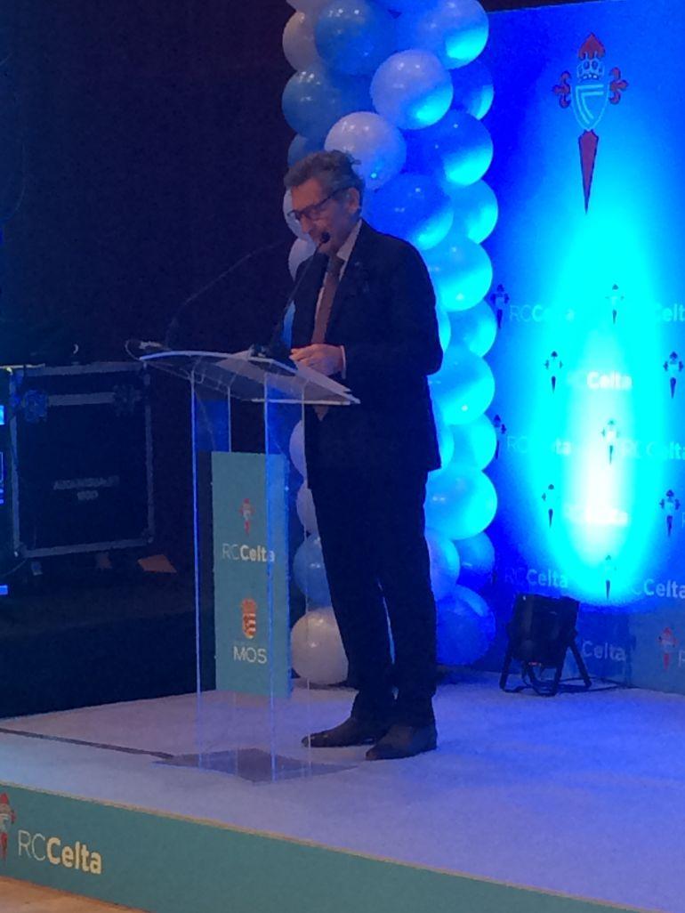 El presidente del Celta presenta su proyecto en Mos