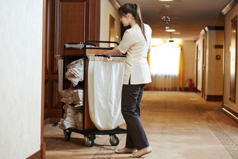 se mantiene la huelga de camareras de pisos en canarias