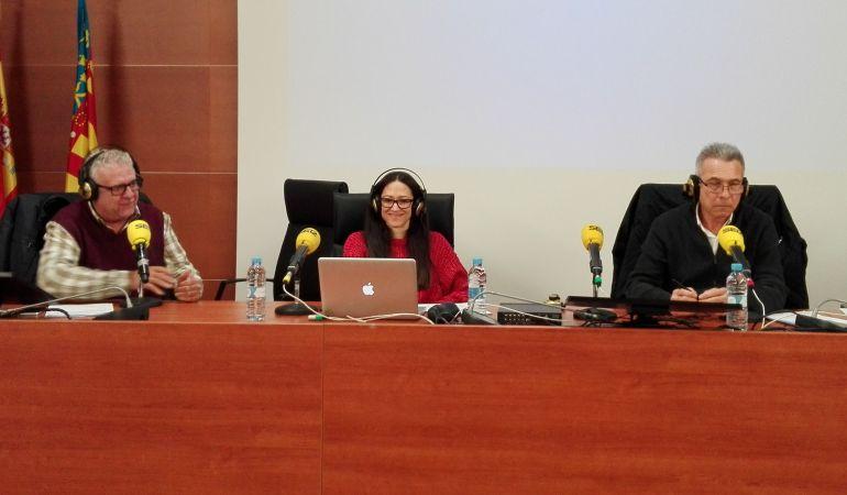 De izquierda a derecha: Arturo Blay, Sara Tabares y Amadeo Salvador