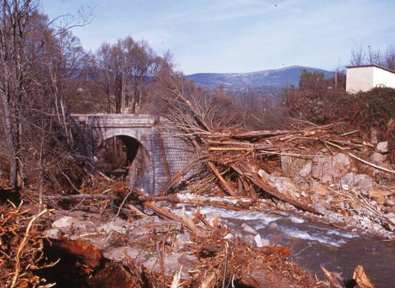 Efectos de la riada de 1997