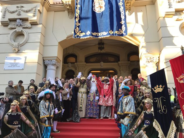 Cabalgata de Málaga: La cabalgata de Reyes llena de ilusión las calles de Málaga