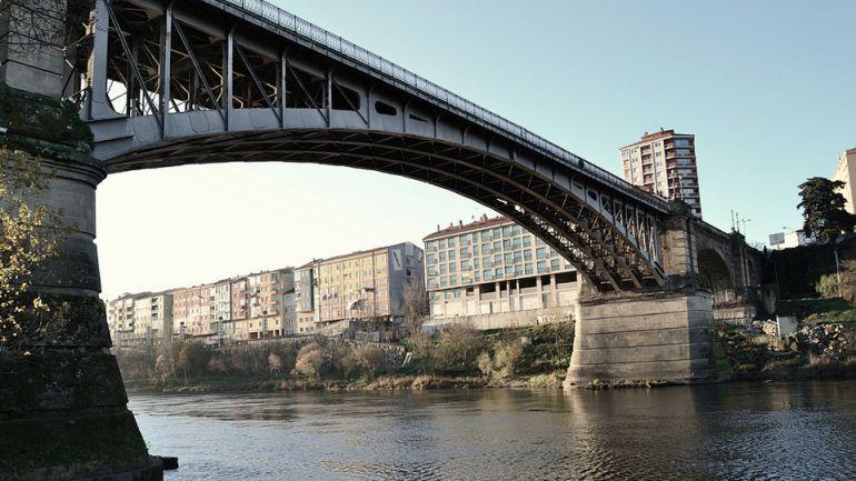 O 29 de xuño de 2018 cumpriranse 100 anos desde que as obras da Ponte Nova foron recibidas definitivamente pola cidade.