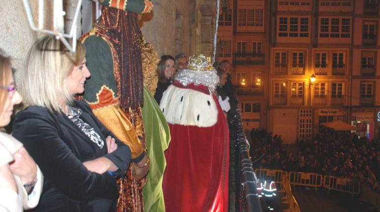 Los reyes magos en el balcón del Concello de Lugo