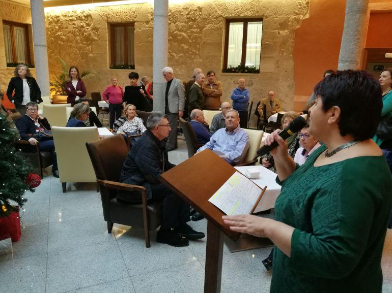 La alcaldesa durante su intervención ante los colectivos culturales, deportivos y sociosanitarios de la ciudad