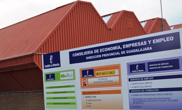 Sube el número de parados registrados en diciembre en Guadalajara. 561 desempleados más: Guadalajara cierra el año con una fuerte subida del paro