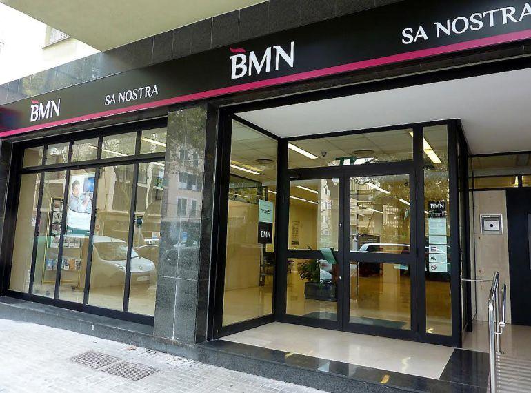 La fusi n de bankia y bmn provocar el cierre de 13 for Oficinas bankia en palma de mallorca