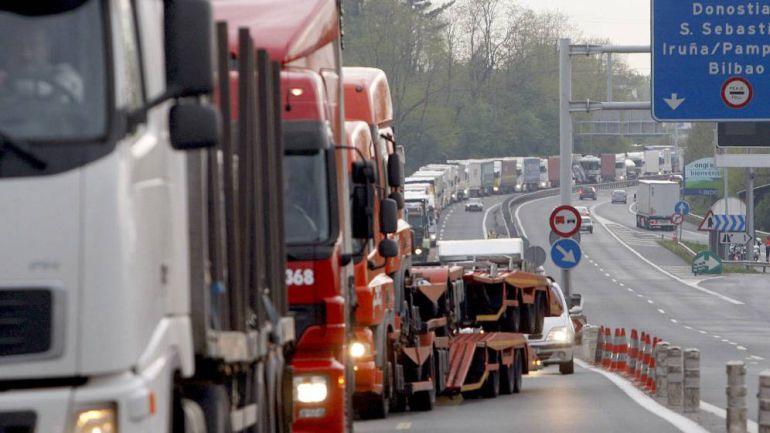 Peaje en N-1: Gipuzkoa, primera provincia que cobra un peaje exclusivo para camioneros