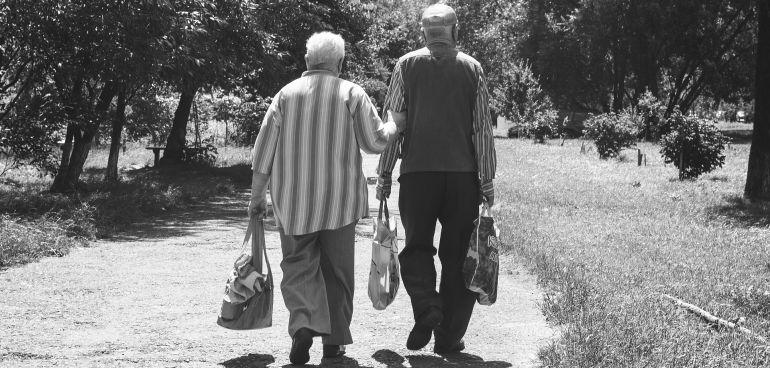 Los inmigrantes también ven peligrar sus pensiones