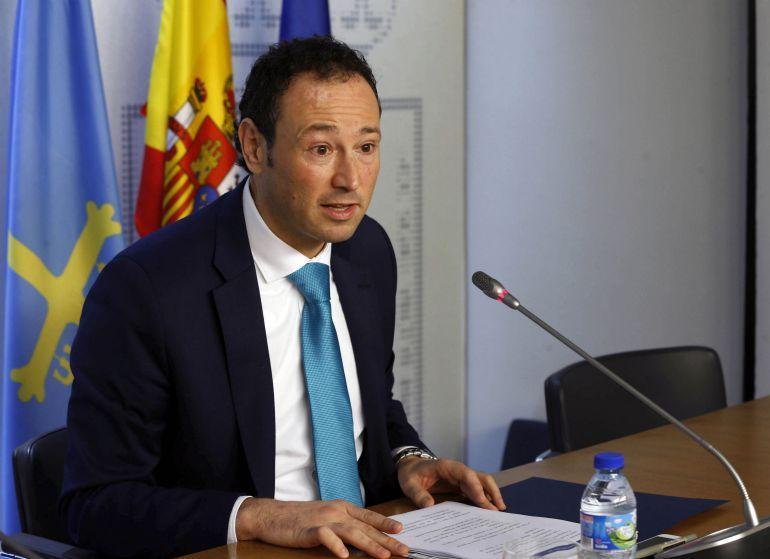 Guillermo Martínez, esta mañana tras el Consejo de Gobierno. Oviedo