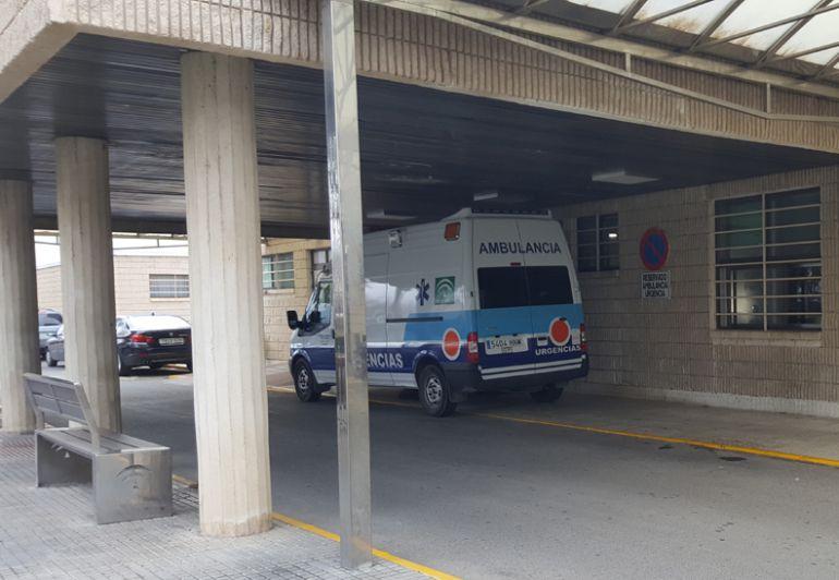 Entrada Urgencias del Hospital de Baza