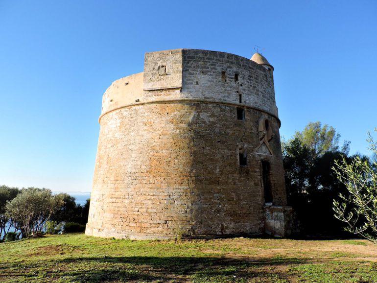 Mallorca vuelve a encender las torres de defensa a favor de los derechos humanos