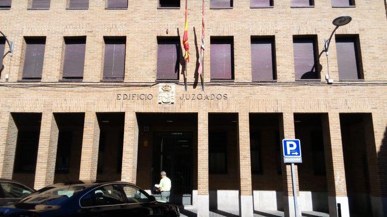 El crimen de medina vuelve a los juzgados radio medina for Juzgado del crimen
