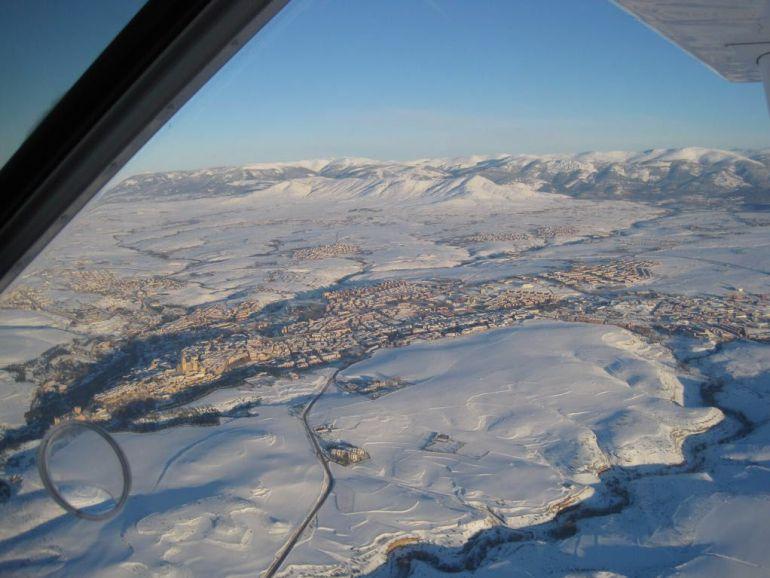 La espectacular foto aérea de Segovia que muestra la nevada histórica