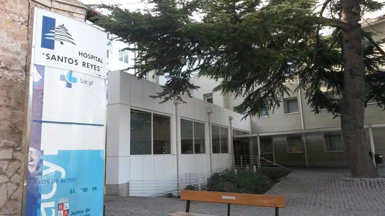 Entrada del Hospital Santos Reyes de Aranda de Duero