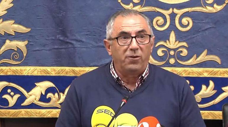 """El alcalde de Pedrera rectifica: """"Fueron palabras desafortunadas"""""""