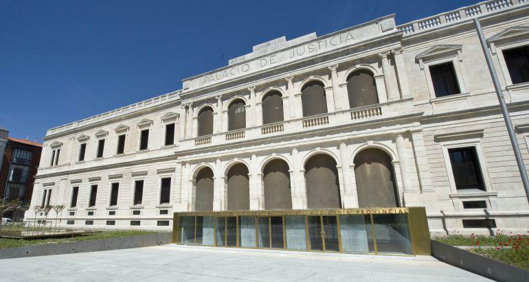 Exterior de la sede del TSJ en Burgos