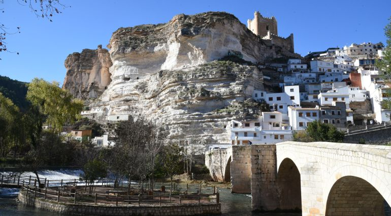 Alcalá del Júcar recibirá 890.000 euros de Fomento