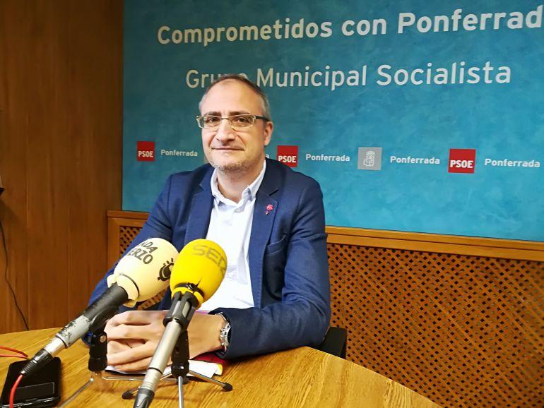 El PSOE pide a la alcaldesa que se deje de 'ocurrencias' y se encargue del municipio