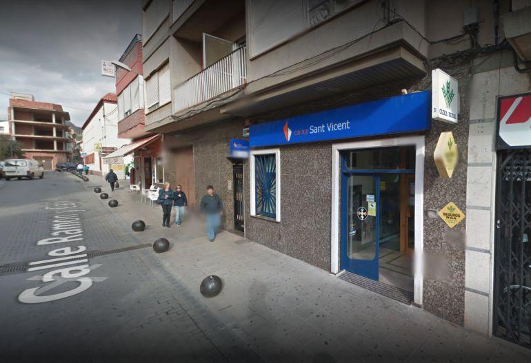 El hombre deberá devolver a la Caja Rural San Vicente Ferrer de la Vall d'Uixó 3.200.000 euros más intereses