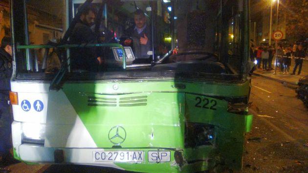 Estado del autobús tras el impacto