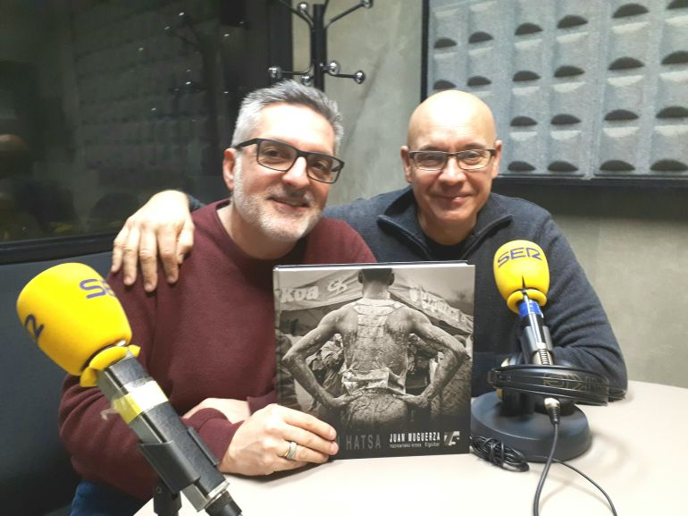 Eduardo Arrillaga, a la derecha, junto a Juanma Cano