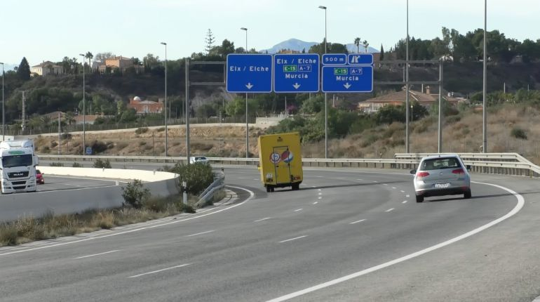 Autovía con destino a Elche