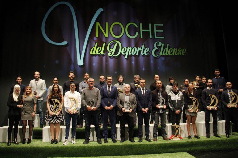 Premiados y galardonados de la V Noche del Deporte Eldense