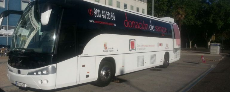 Imagen del autobús del autobús de donación de sangre.